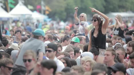 Crowds-at-Outdoor-Music-Festival