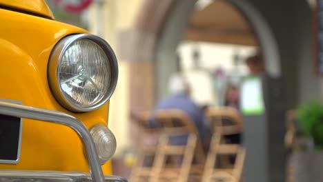 Classic-Car-Headlamp