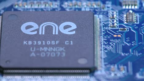 Tracking-Over-a-ENE-Chip-on-a-Cicuit-Board