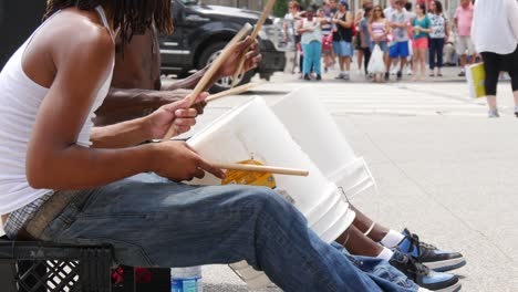 Street-Artists-on-Drums-1