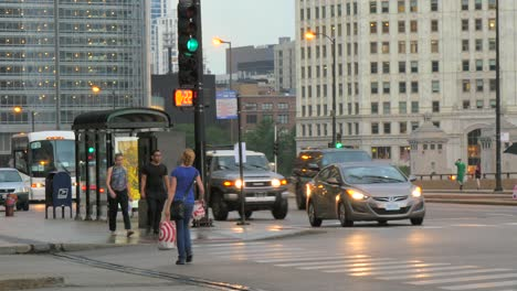 Traffic-in-Downtown-Chicago