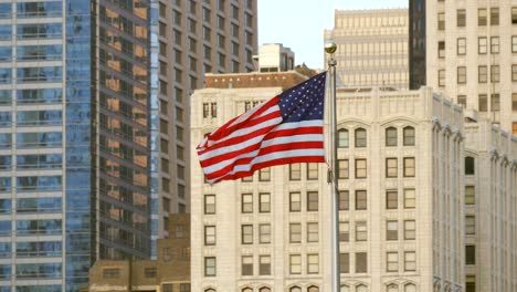 USA-Flag-Flying-in-Chicago-2