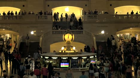 Information-Centre-in-Grand-Central-Station