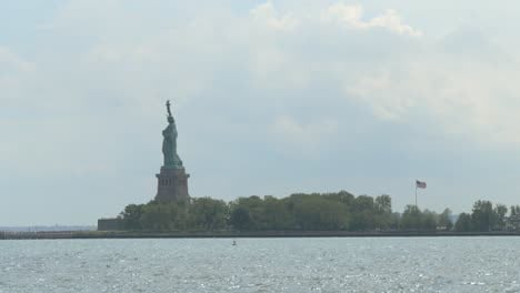 Ship-Passing-and-Revealing-the-Statue-of-Liberty