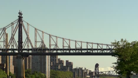 Ed-Koch-Queensboro-Bridge-at-Dusk