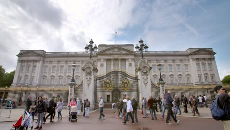 Buckingham-Palace-London-UK