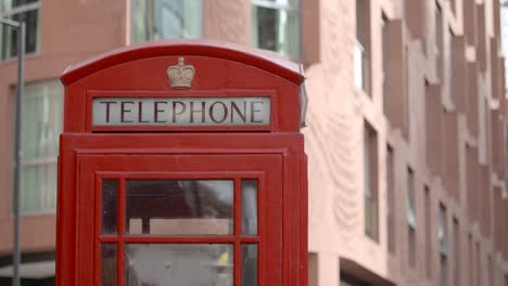 Telephone-Box-in-London