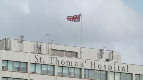 UK-Flag-Flying-over-St-Thomas-Hospital