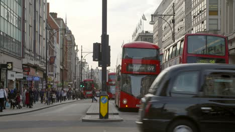 Oxford-Circus-Traffic-2