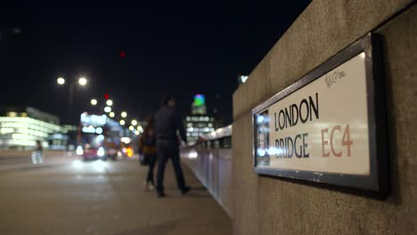 Sign-for-London-Bridge-at-Night