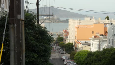 Long-Shot-of-Alcatraz-Island