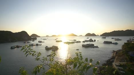 Ha-Long-Bay-at-Sunset