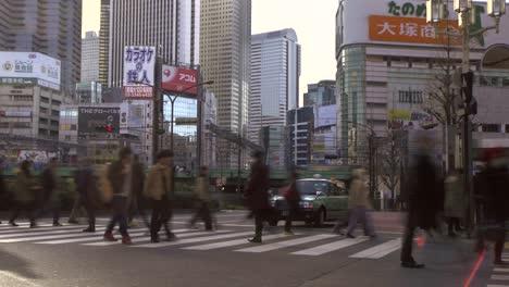 Slow-Shutter-of-a-Pedestrian-Crossing-in-Tokyo