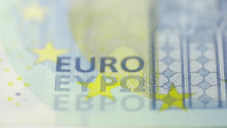 Macro-Tracking-Across-Twenty-Euro-Note