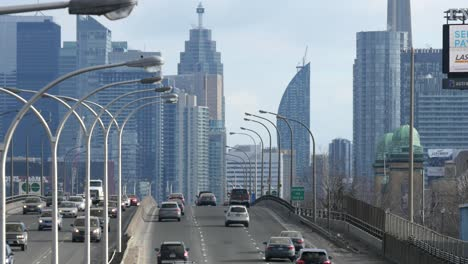 Busy-Freeway-Into-Toronto
