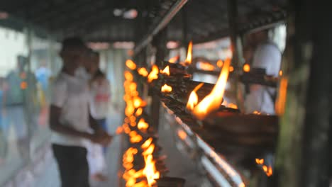 Burning-Candles-in-a-Sri-Lankan-Temple