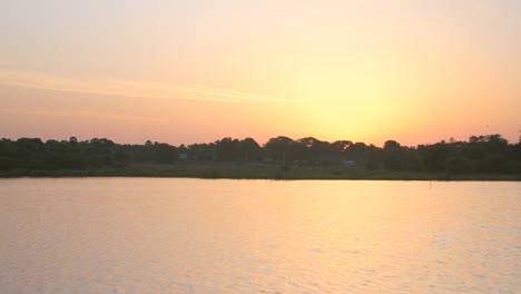 Sunset-Over-Lake-in-Sri-Lanka