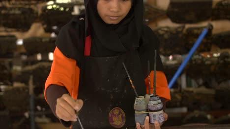 Malaysian-Woman-Painting-a-Batik-2