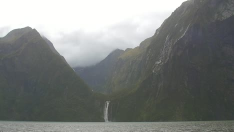 Waterfall-at-Milford-Sound-NZ