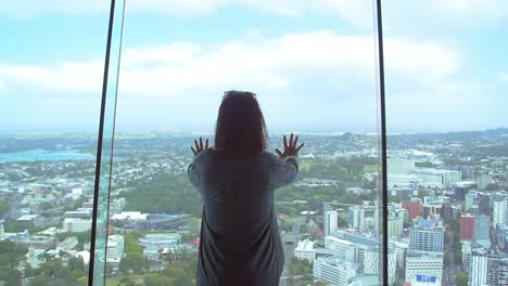 Lady-Overlooking-Auckland