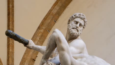 Panning-Across-Hercules-Centaur-Statue-Florence