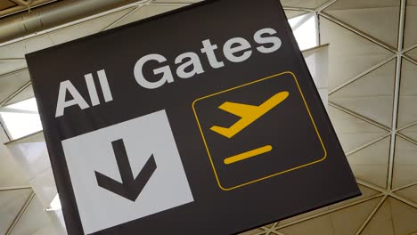 Airport-All-Gates-Sign