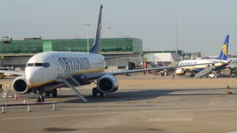 Aeroplane-On-Runway
