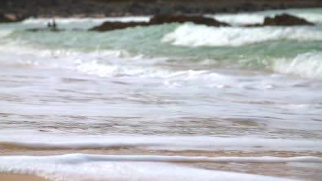 Slow-Motion-Waves-on-Beach-2