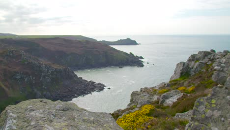View-Over-Cliff-Edge-in-Cornwall