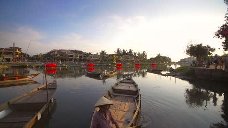 Vietnamese-Old-Town-River-Scene-2