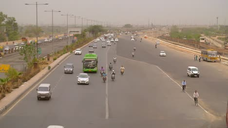 Wide-Shot-of-Traffic-on-a-Large-Indian-Freeway