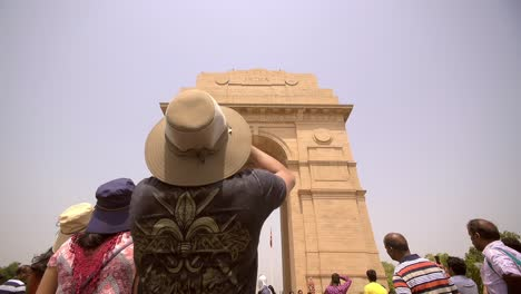 Tourist-Photographing-India-Gate