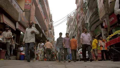 Busy-Narrow-Indian-Street