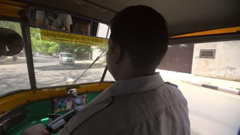 Driver-Steering-Tuk-Tuk