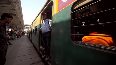 Train-Pulling-Into-Indian-Train-Station
