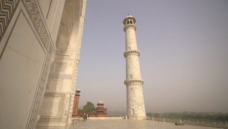 Approaching-a-Taj-Mahal-Minaret