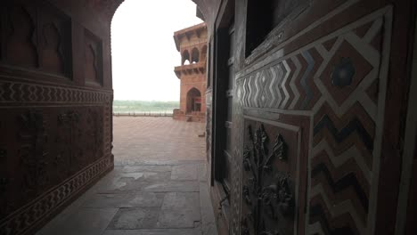 Panning-Shot-Through-an-Ornate-Corridor-in-India