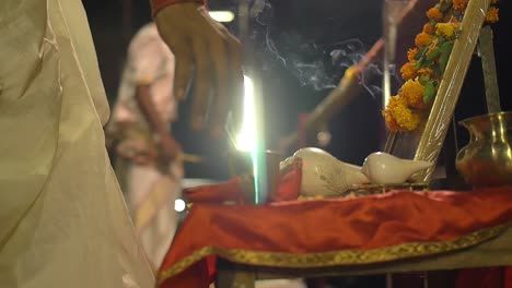 Religious-Ceremony-in-Varanasi