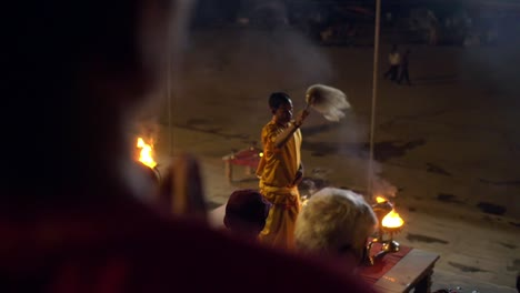 Out-of-Focus-Candles-on-the-River-Ganges