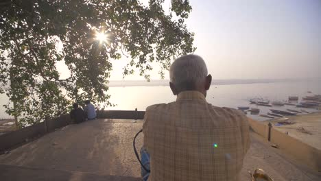 Elderly-Man-Praying-Near-the-Ganges