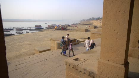 Reveal-Shot-of-the-Ganges-from-a-Colonnade