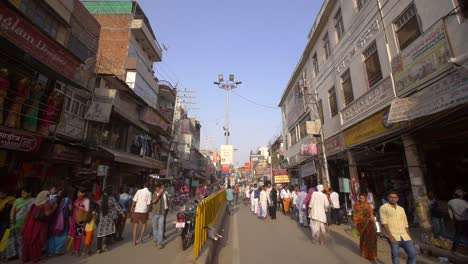 Tracking-Down-Busy-Varanasi-Shopping-Street
