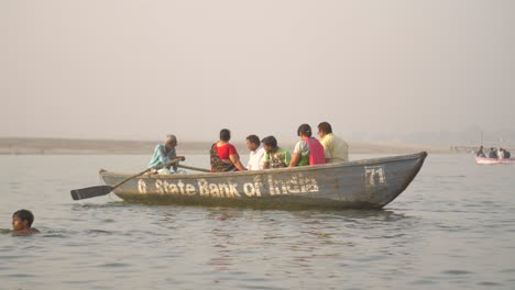 Small-Rowing-Boat-on-River-Ganges