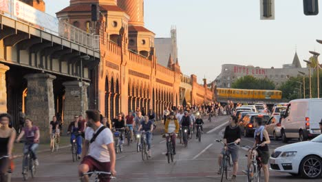 Cyclists-Riding-through-Berlin-at-Sunset