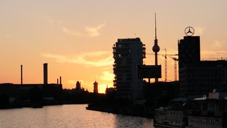 Sunset-Over-Berlin-Skyline