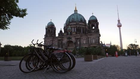 Berliner-Dom-and-Fernsehturm