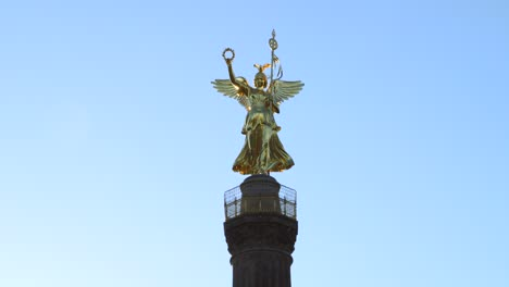 Close-Up-of-Victory-Column-Berlin