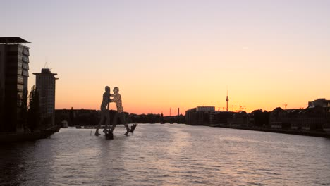 Sunset-Over-River-Spree