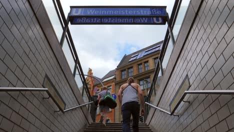 Weinmeisterstasse-UBahn-Station-Entrance