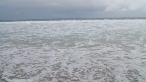 Foamy-Waves-Crashing-on-Beach